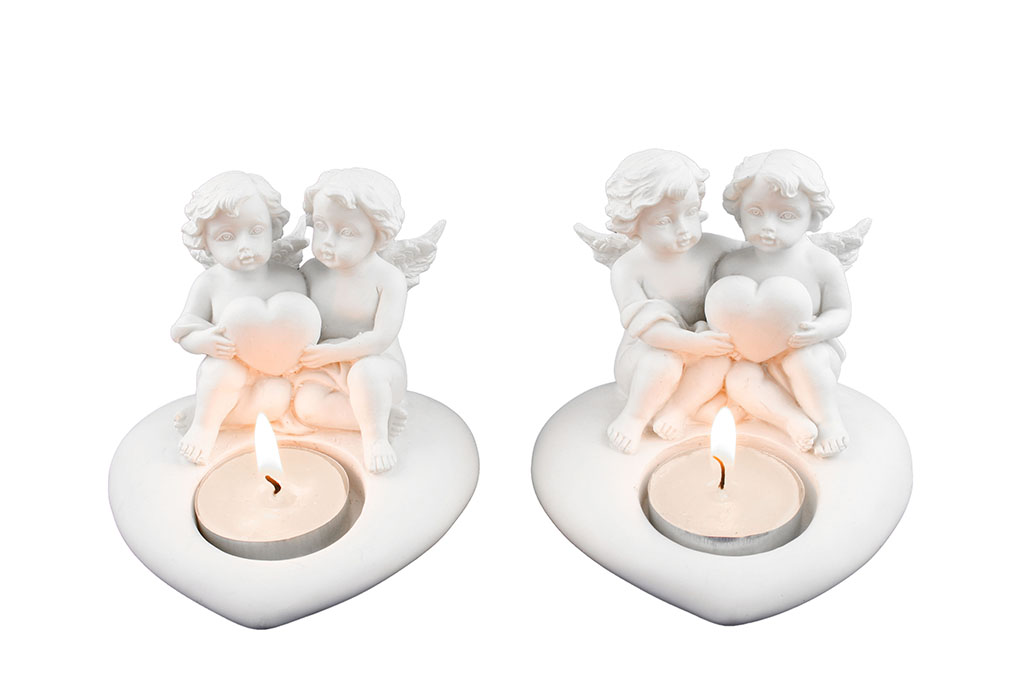 Angeli resina coppia con cuore e thea light cm. 10x8