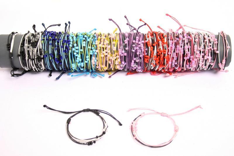 Braccialetti filo colori assortiti