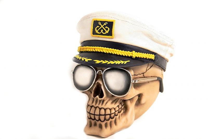 Teschio cappello marinaio + raiban H cm. 15x15
